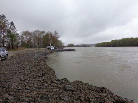 Осмотр выполненных аварийно-восстановительных работ по укреплению береговой линии на реке Большая Уссурка в районе с. Рощино